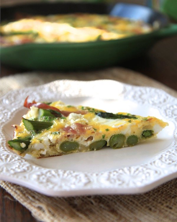prosciutto, asparagus, and goat cheese frittata