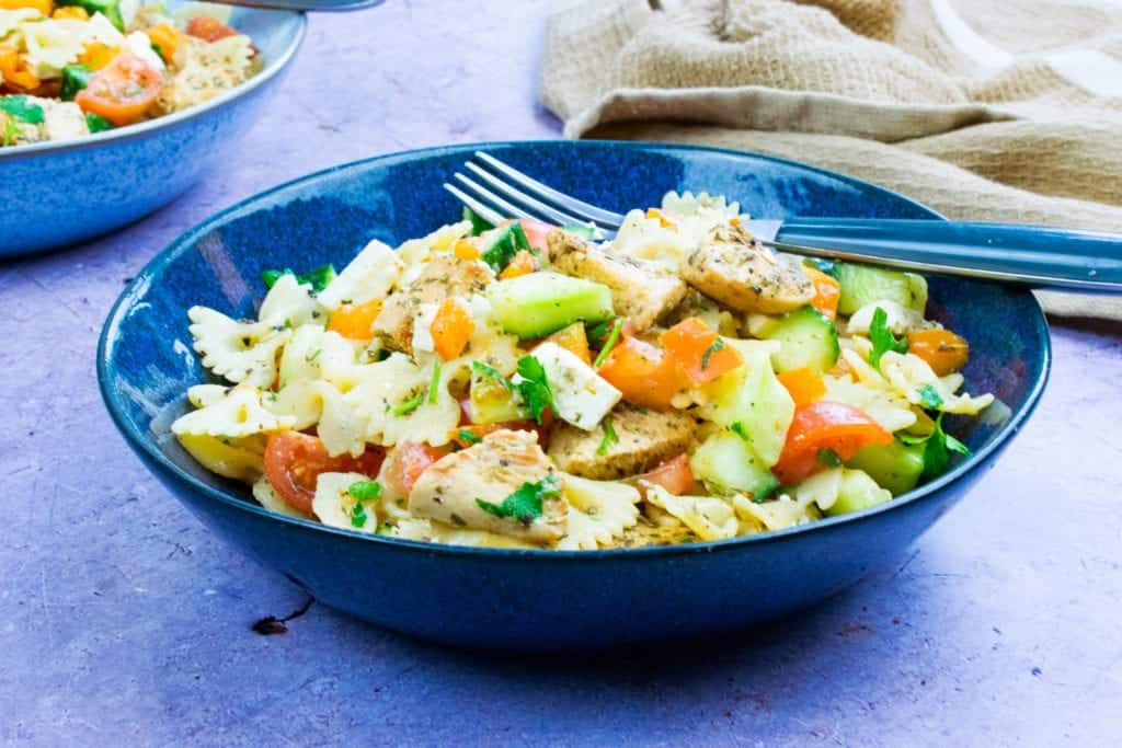 Easy 10 Minute Syn Free Chicken Pasta Salad